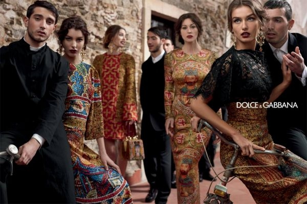 3a7361d9ee48b3 Monica Bellucci et Bianca Balti incarnent la nouvelle collection ...