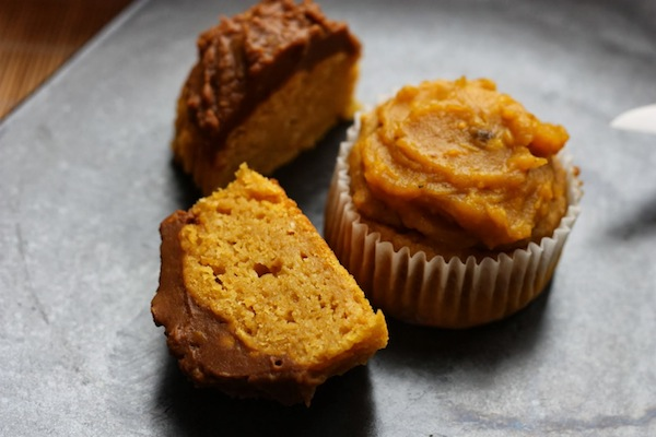Happy halloween les muffins m ga moelleux la citrouille - Recette dessert halloween ...