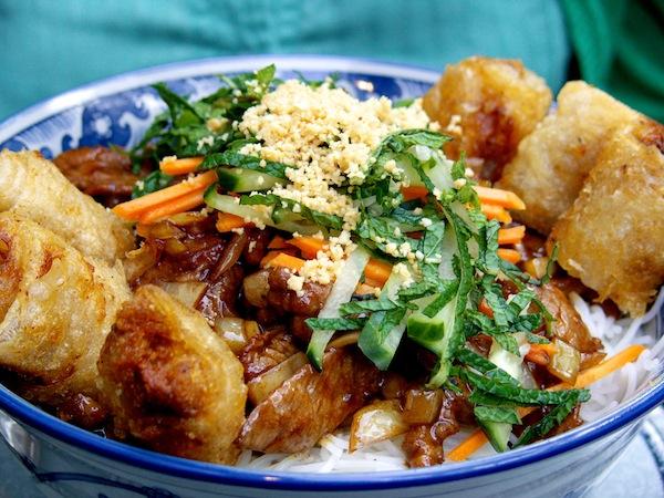 Bo bun au boeuf femmes magazine for Cuisine un chinois