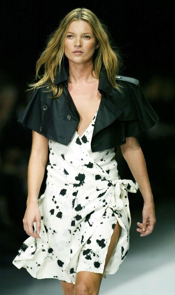 Dans une industrie de la mode pourtant avide de changement, Kate Moss fête  aujourd\u0027hui ses 40 ans, auréolée de succès, affichant une carrière d\u0027une