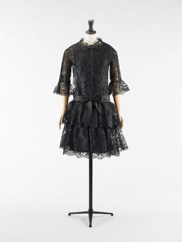 Balenciaga Au Femmes Le Noir Magazine S'expose Bourdelle De Musée uTkOlPZiwX