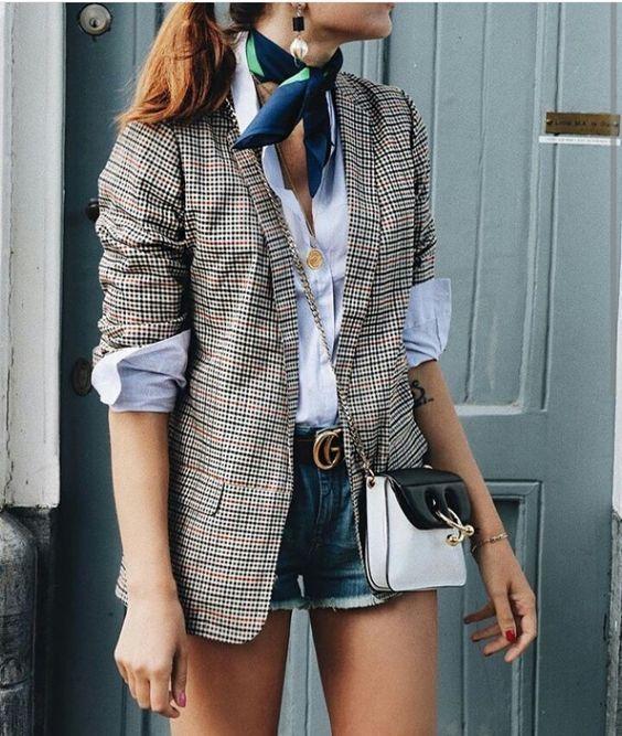 Comment porter le short en ville   - Femmes Magazine 3561b4f3c921