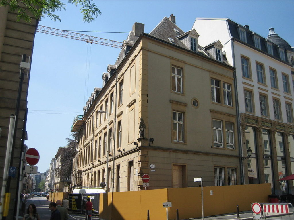 femmesmagazine-luxembourg-rue-notredame