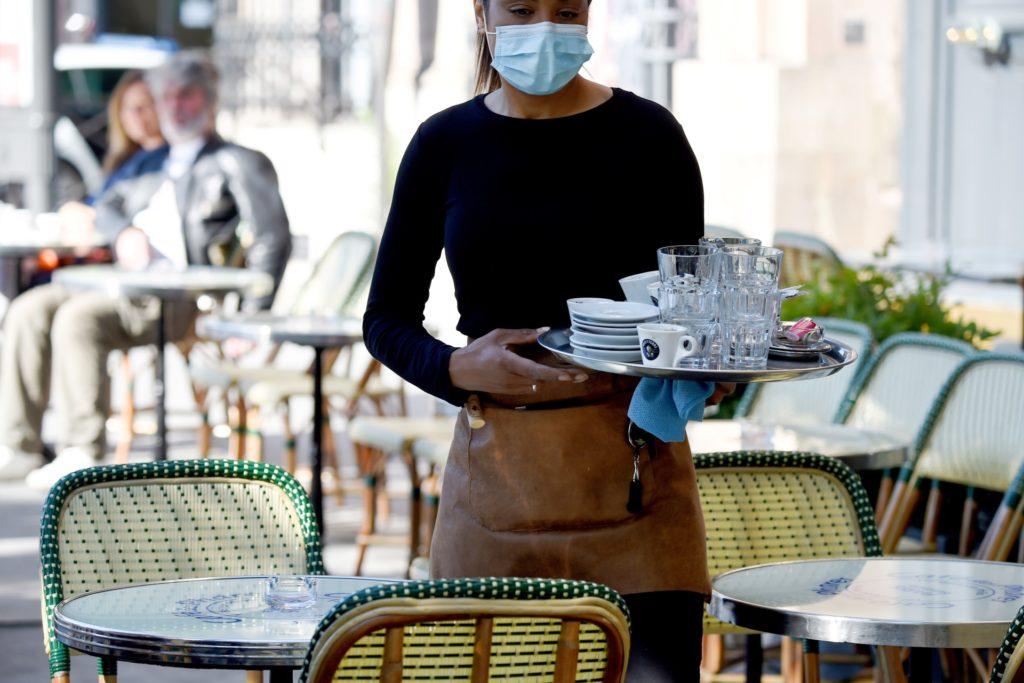 femmesmagazine-paris-restaurants-ouverts-bars-fermes