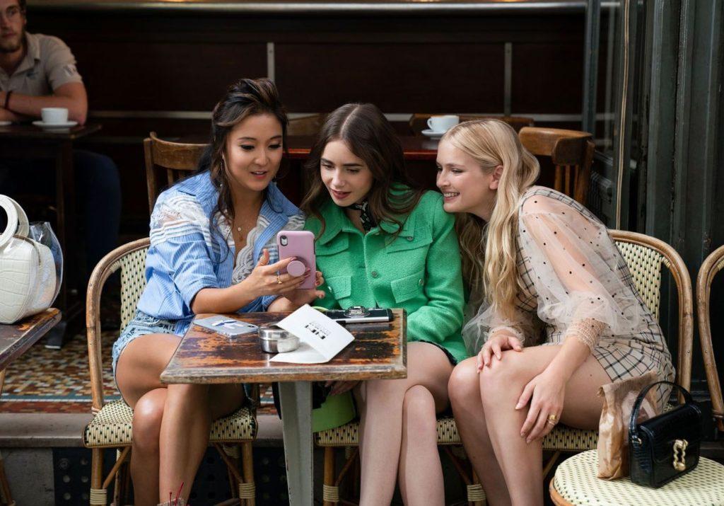 Que vaut Emily in Paris, la nouvelle série de Darren Star ? - Femmes  Magazine