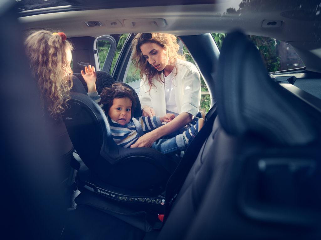 femmesmagazine-volvocars-siege-voiture-enfant