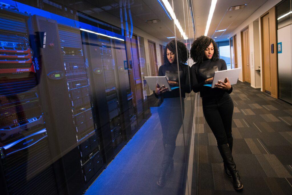 femmesmagazine-europeandayforwomenindigitaltechnology-avenir-egalitaire